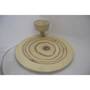 Plato de madera con cuenco volado